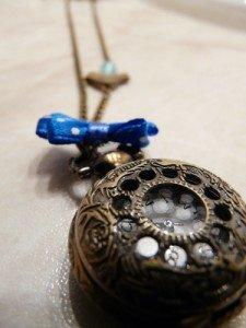 bracelet-bracelet-feuille-blanche-1594297-brac-cdcdf_minia2-225x300