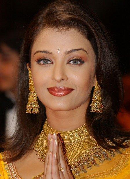 Défi Makeup du Vendredi (DMV)   - Bollywood Baby ! bracelet-bracelet-en-vermeil-1896873-dsc-0687-1114e_big2